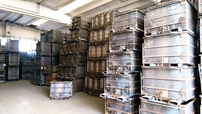Picture of bottom opening stillage